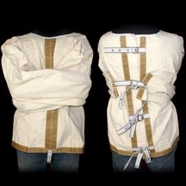 Camisole de force /The straitjacket escape